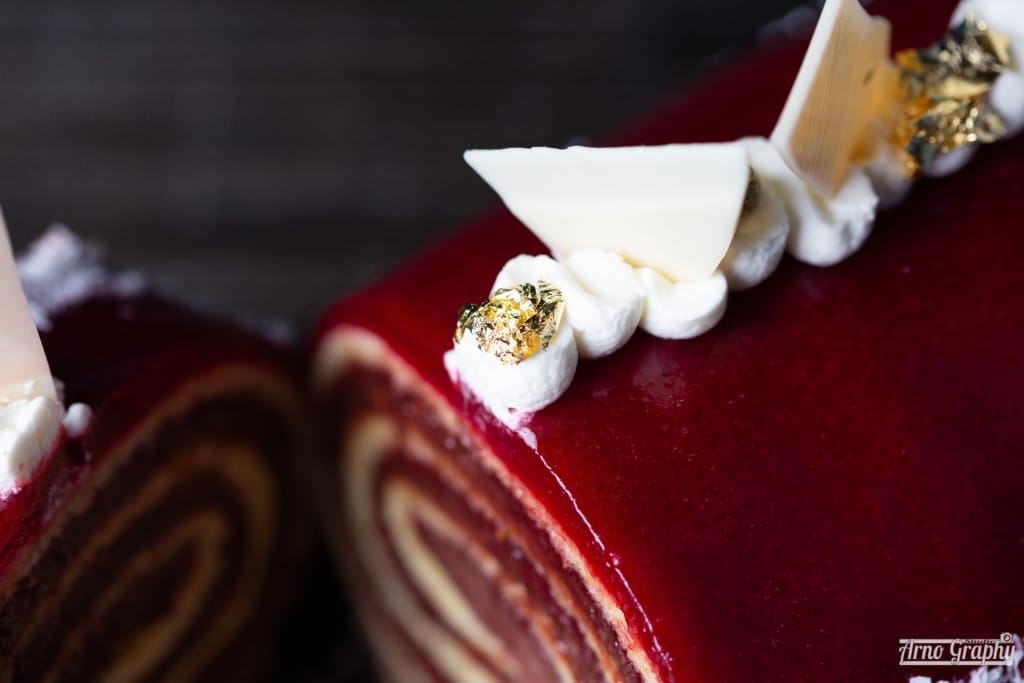 Photo culinaire bûche de Noël pour la communication du Mercure Chantilly